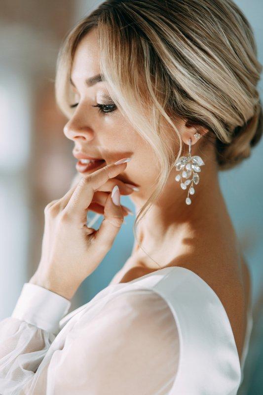 portrait, studio, model, russian girl, wedding Alenaphoto preview