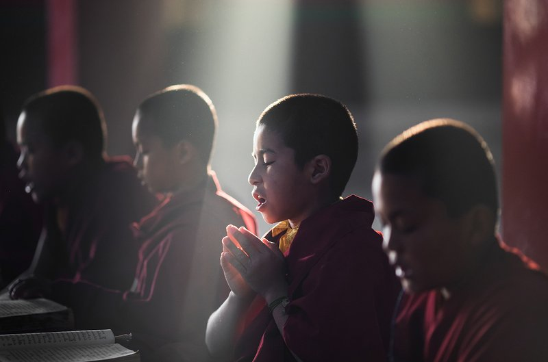 Пуджа. Буддийский монастырь на севере Индииphoto preview