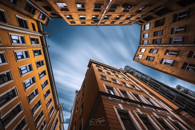 yard, roof, architecture, city, russia, Saint Petersburg, orange, yellow, brick, windows Saint Petersburg yardphoto preview