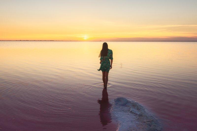На розовом озереphoto preview