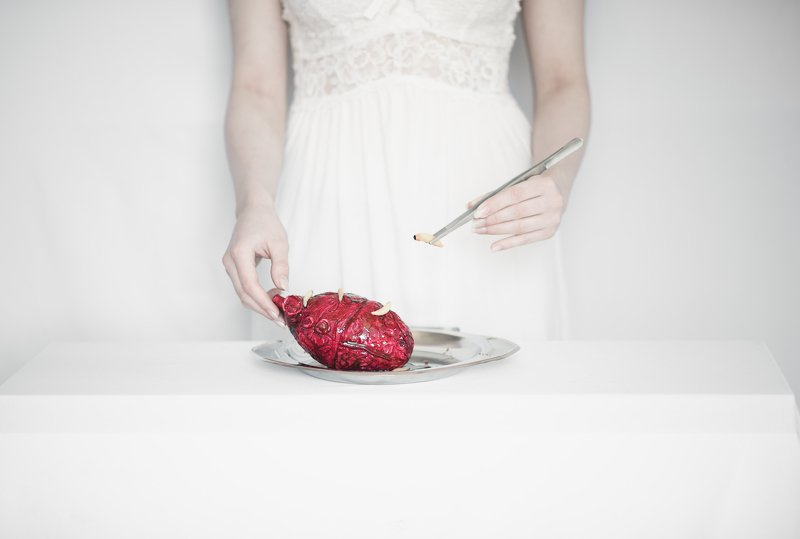 #love #concept #conceptual #heart #blood #butterfly #white #red #selfportrait Recoveryphoto preview