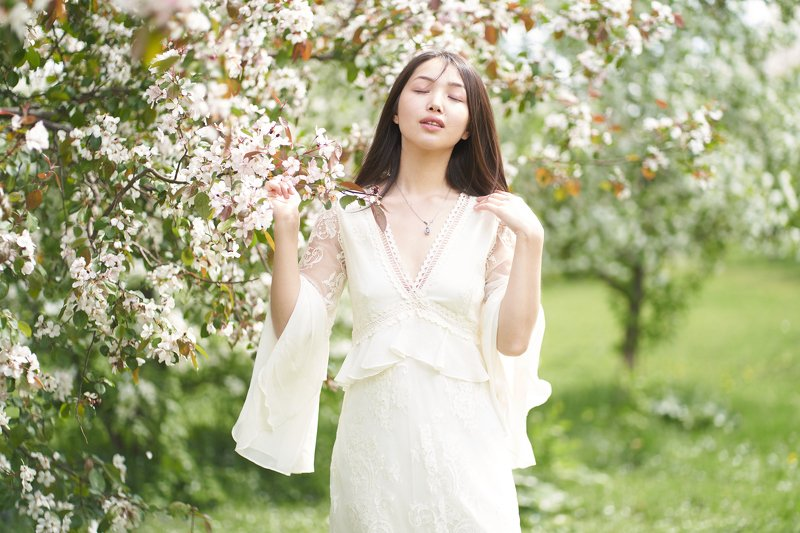 яблоня, весна, цветок, губы, розовый, глаза, Япония, сакура, девушка Веснаphoto preview