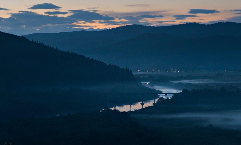 вечер, синий час, Карпаты, река, Стрый, мост, пейзаж, туман, blue hour, evening, sky, Carpathians, river, Stryi, bridge, fog, foggy, misty Blue hour has come ..photo preview