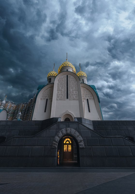 мякинино, гроза, церковь, небо, пасмурно, свет, dramatic sky Перед грозойphoto preview