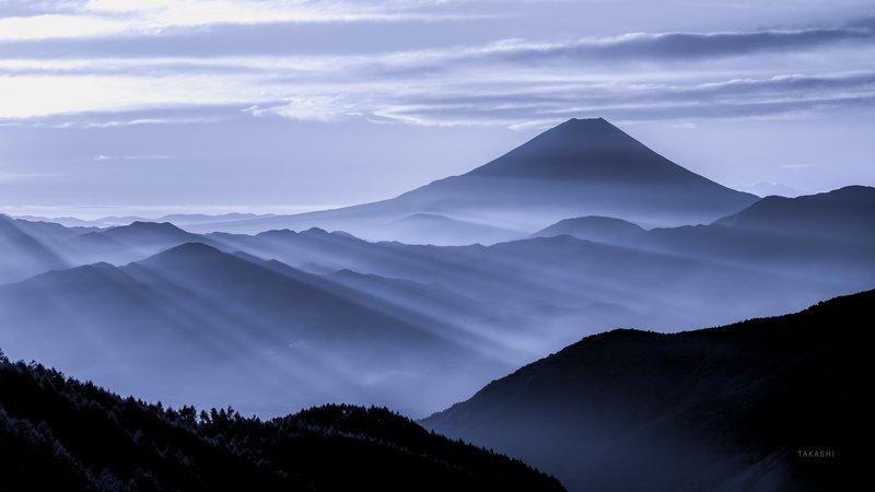 Fuji,mountain,Japan,haze,gas,fog,light,sunrise Light ladderphoto preview
