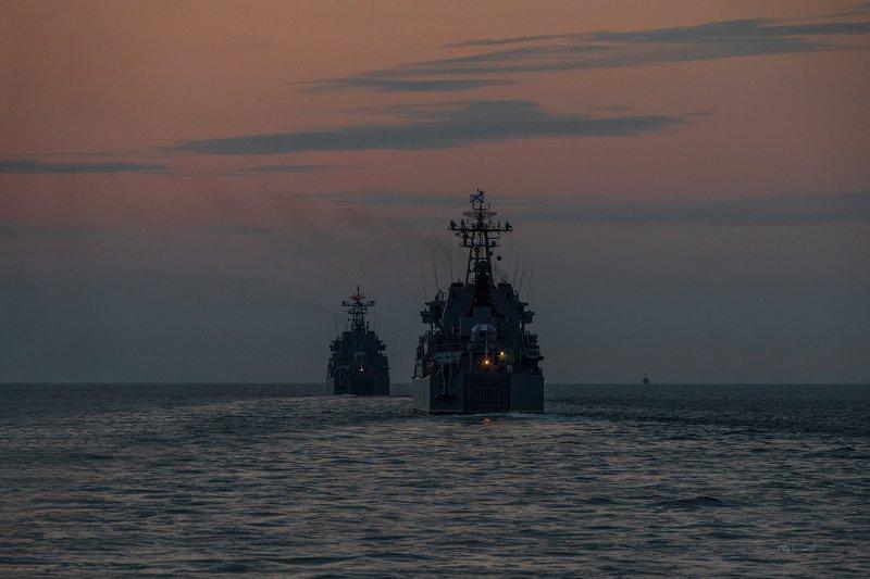 Военно-морская ночьphoto preview