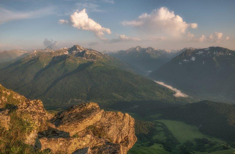 западный кавказ, загеданский хребет, пхия, большая лаба, закзан-сырт, вечер, июль Над долинами Пхии и Большой Лабыphoto preview