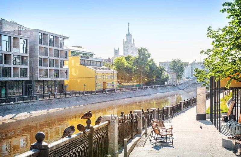 москва, обводной канал Голуби на набережнойphoto preview