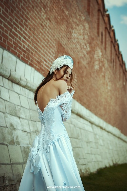 lady, queen, russia, tsar, old, tula, lady, dress, wedding, white, crown Tsarevnaphoto preview