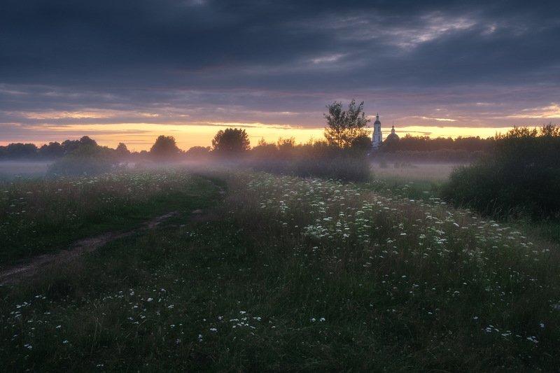 россия, владимирская область, киржач, филипповское, пейзаж, природа, церковь, река, шерна, сумерки, туман, отражение, лето Закатphoto preview