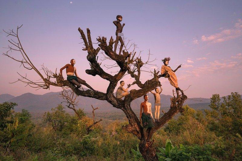 Ethiopian  Ethiopian Suri tribesphoto preview