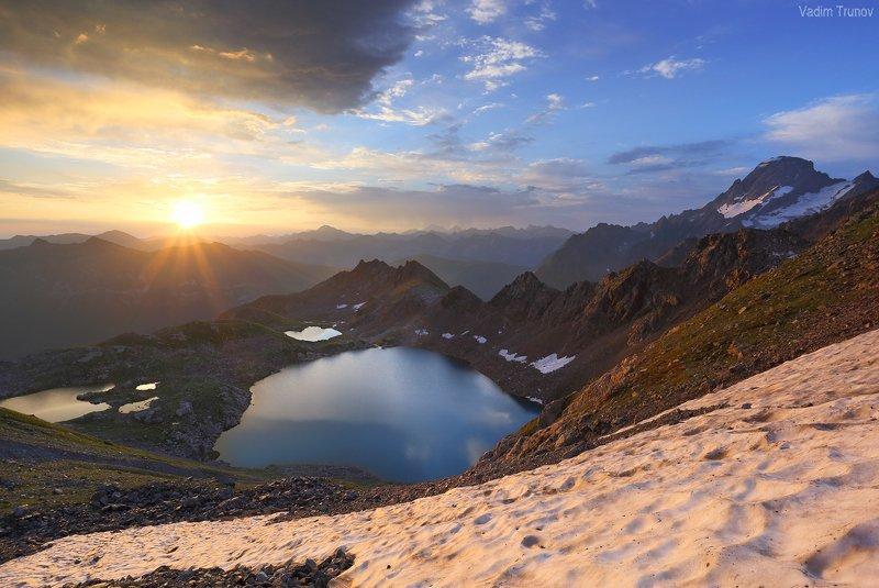 софийские озера, гора софия Софийский восходphoto preview