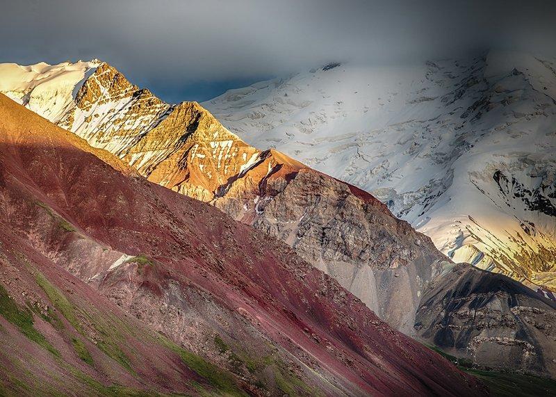 кыргызстан, горы Брызги радугиphoto preview