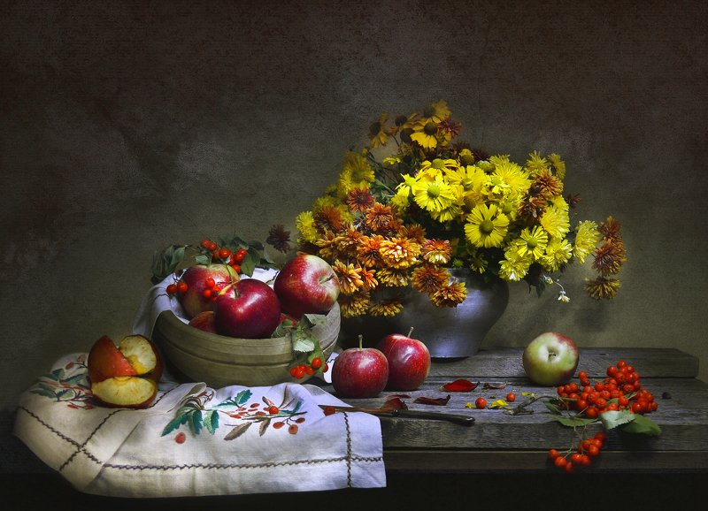 still life, натюрморт,  цветы, фото натюрморт, рябина, лето,  август, яблоки,яблочный спас, праздник Яблочный Спас.Преображение Господне…photo preview
