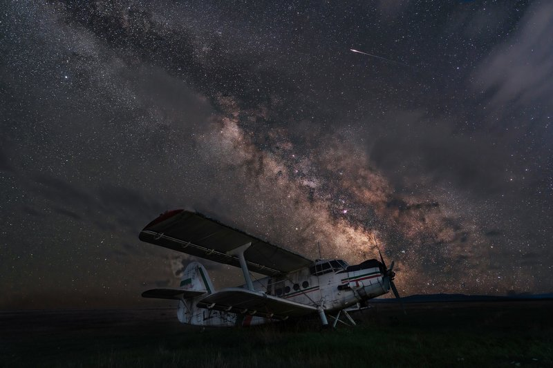 The old legend and the Milky Way....photo preview