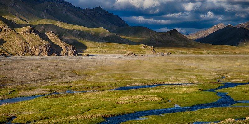 кыргызстан, горы Сказки долины Кок-Кыяphoto preview