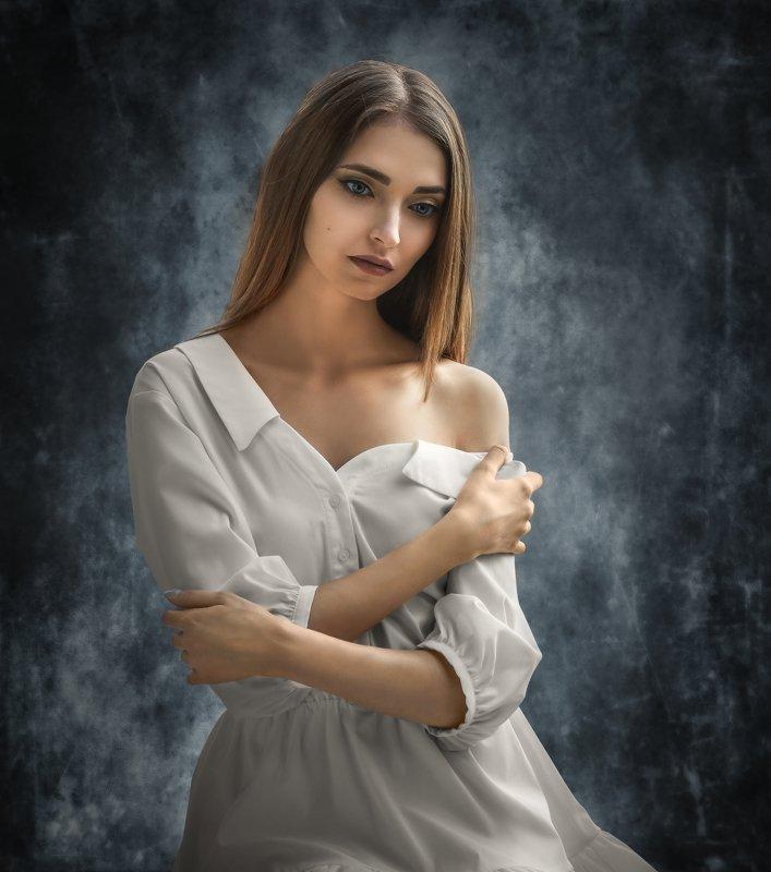женский портрет,стрит Марияphoto preview