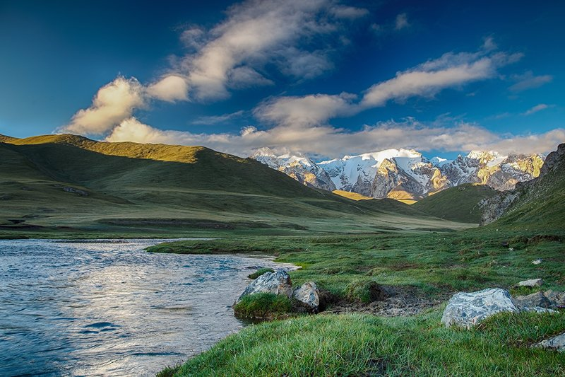кыргызстан, горы Магия рассветаphoto preview