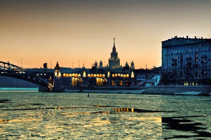 пейзаж, москва, набережная, город, город москва, прогулка Из серии \