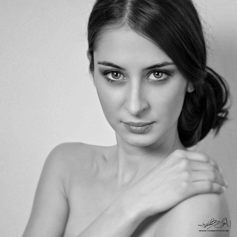 portrait,glamour,emotion ......photo preview
