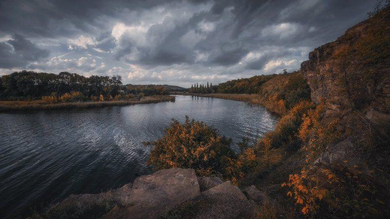 Осенний поворотphoto preview