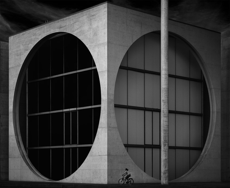 berlin building architecture cyclist window circle dualityphoto preview