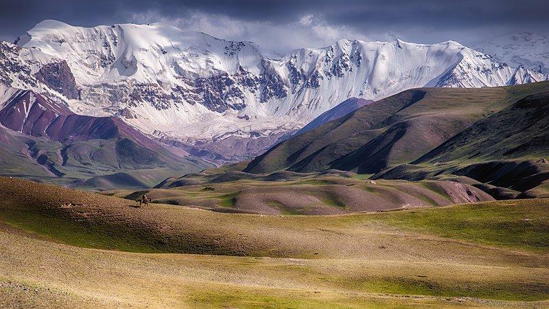 кыргызстан, горы Странникphoto preview