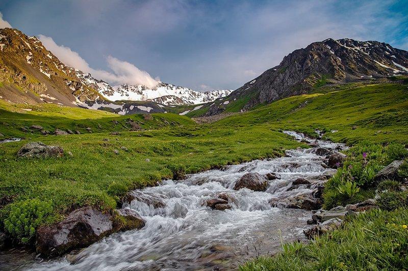 кыргызстан, горы Летний вечерphoto preview