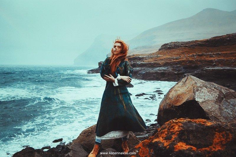 Ginger, ocean, portrait, redhead, woman, model, lady, wild, wind, rain, storm, mood, Stormphoto preview