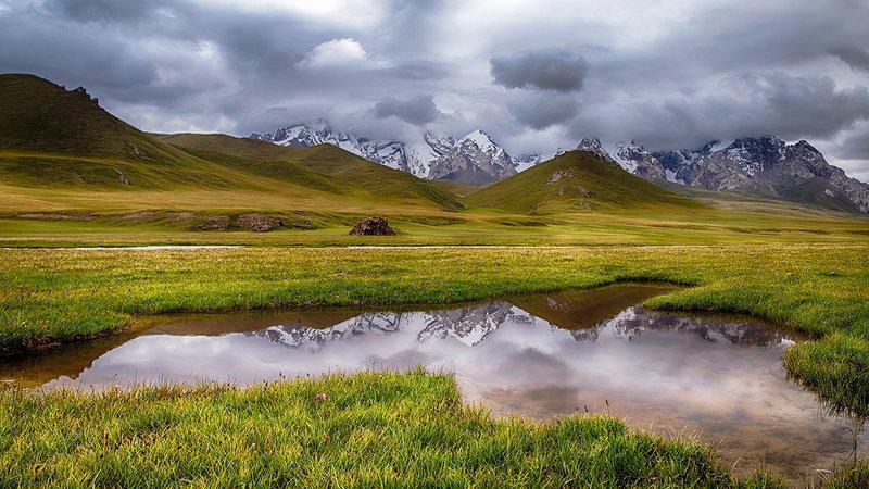 кыргызстан, горы Безмятежностьphoto preview