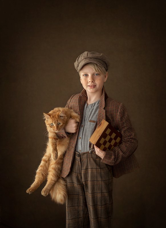 Данила, кот Батон и шахматыphoto preview