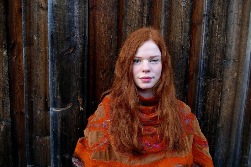 portrait, people, young, orange, colors, hair, wood, woman,  Anettephoto preview