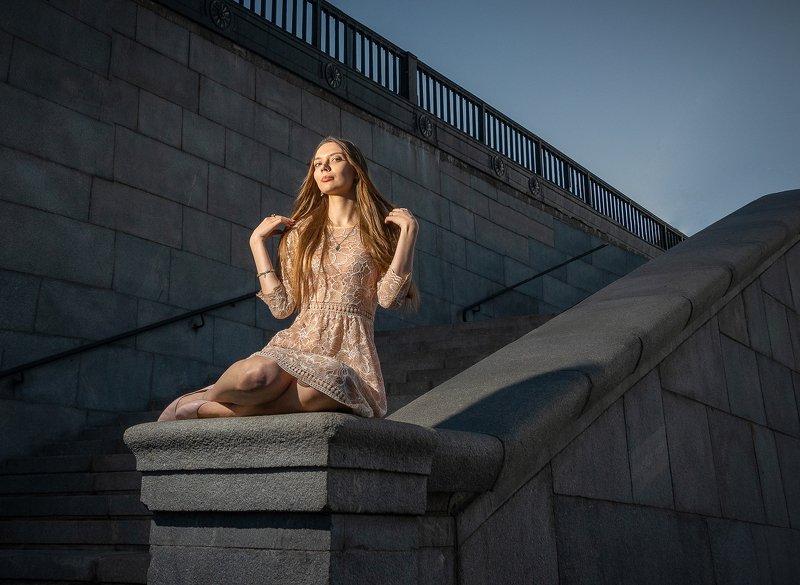 женский портрет,стрит Аннаphoto preview