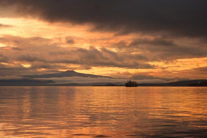 evening, sunset, ocean, horizon, coast, bay, landscape Evening in Avacha Bayphoto preview