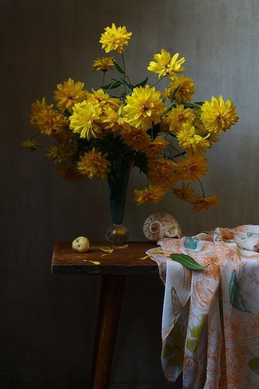 натюрморт, цветы, букет, рудбекия, золотые шары, желтый, август Августовский букетphoto preview