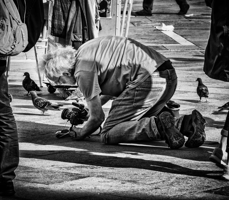 Уличные фотографыphoto preview