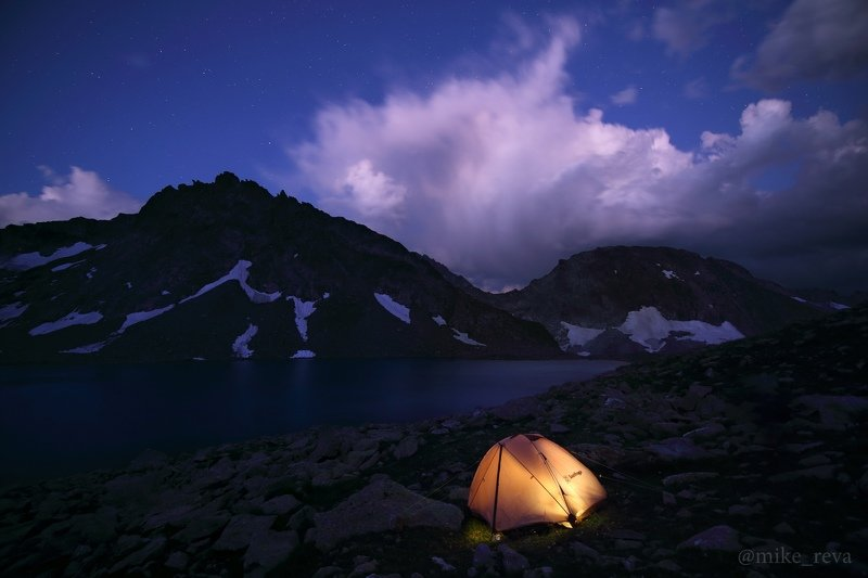 ночь кавказ ночной пейзаж астрофотография звезды созвездия Ночь на оз.Бушаphoto preview