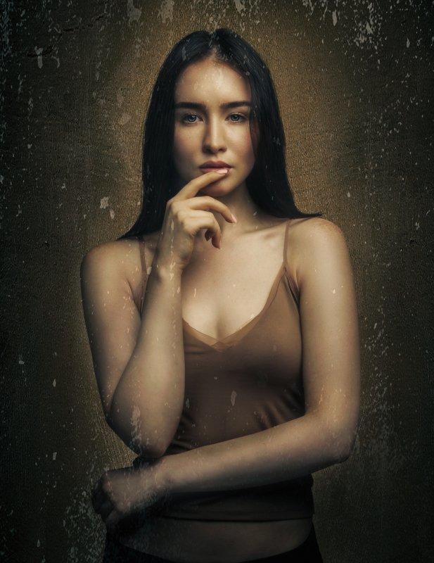 женский портрет,студийный портрет,красивая девушка Екатеринаphoto preview