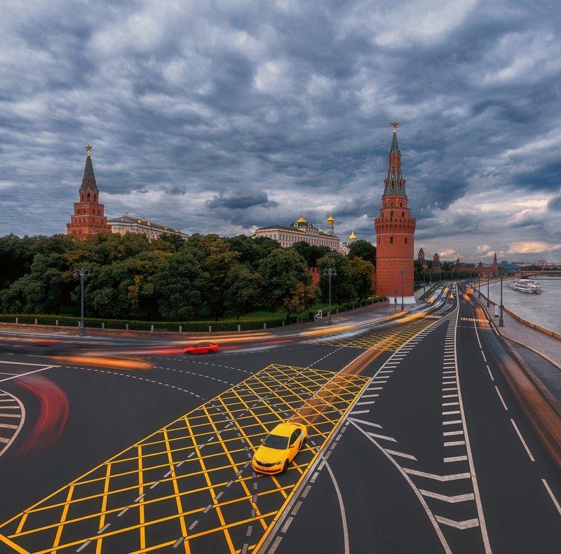 taxi, москва, кремль, движение, линии, перспектива, дорога, машина, road, car, motion Кремльphoto preview