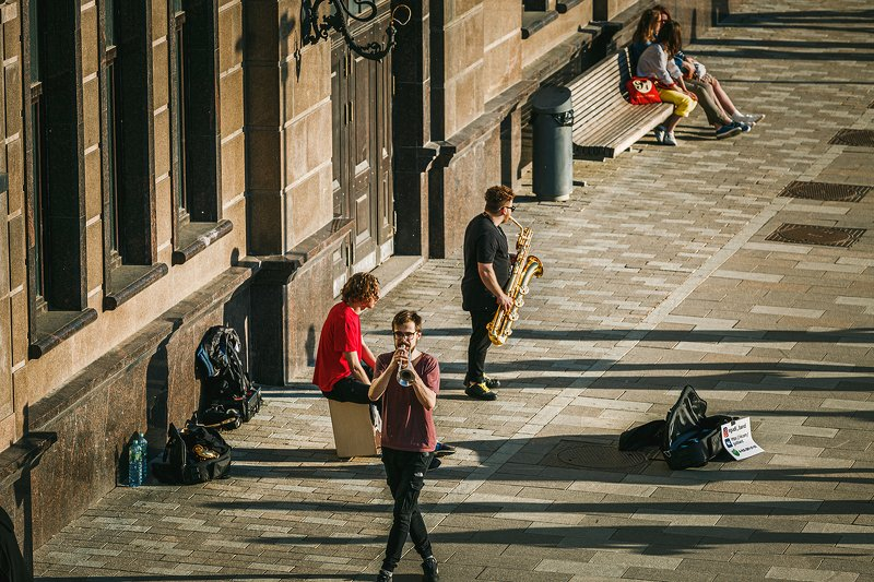 уличный; музыкант; москва; пейзаж; город; образ жизни Уличные музыканты в Москвеphoto preview