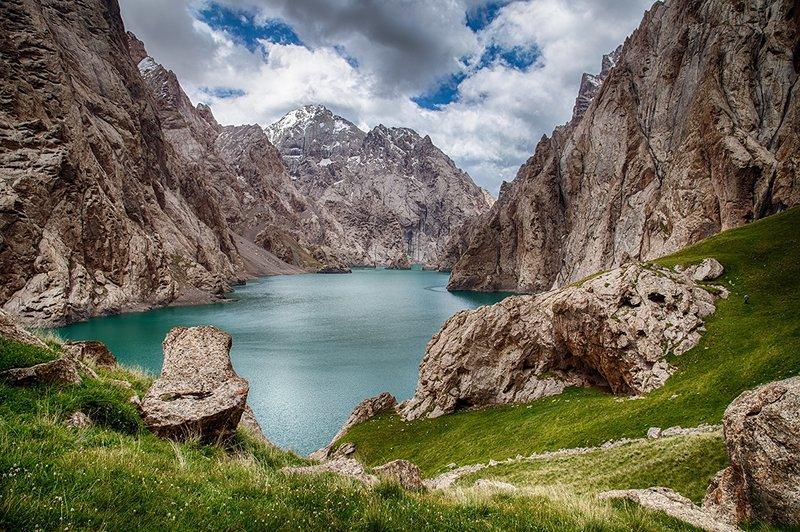 кыргызстан, горы Озеро Кель-Сууphoto preview