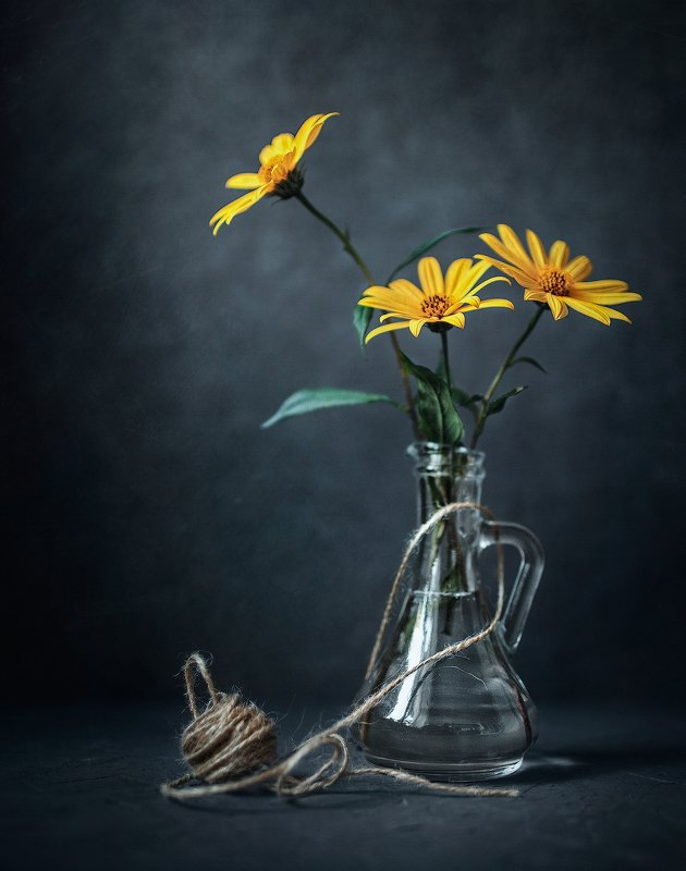 натюрморт цветы жёлтый  Топинамбур photo preview