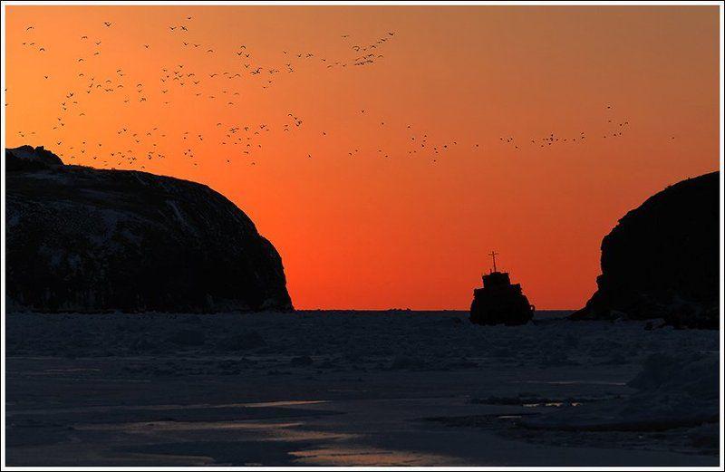 Закат в бухте Крабоваяphoto preview