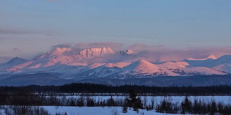 байкал, зима, закат Солнечные горыphoto preview