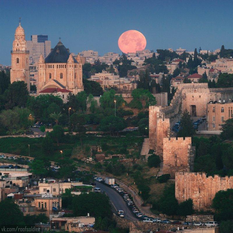 Иерусалим, Израиль, Палестина, Старый Город, Архитектура, религия, храм, церковь, закат, рассвет, город, пейзаж, открытка, крыша, architecture, urban, sunset, sunrise, religion, church, cathedral, old city, jerusalem, israel, palestine, луна, moon, fullmo Полнолуние над Иерусалимомphoto preview