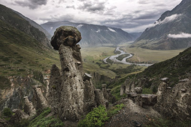 озеро, горы, лес, природа, закат, рассвет, красота, приключения, путешествие, облака Каменные грибы долины реки Чулышманphoto preview
