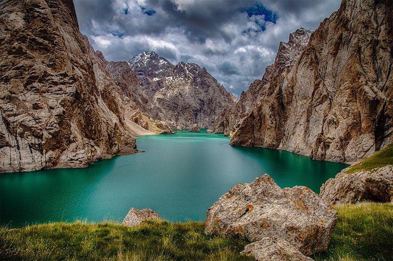 кыргызстан, горы Там, где рождаются легендыphoto preview