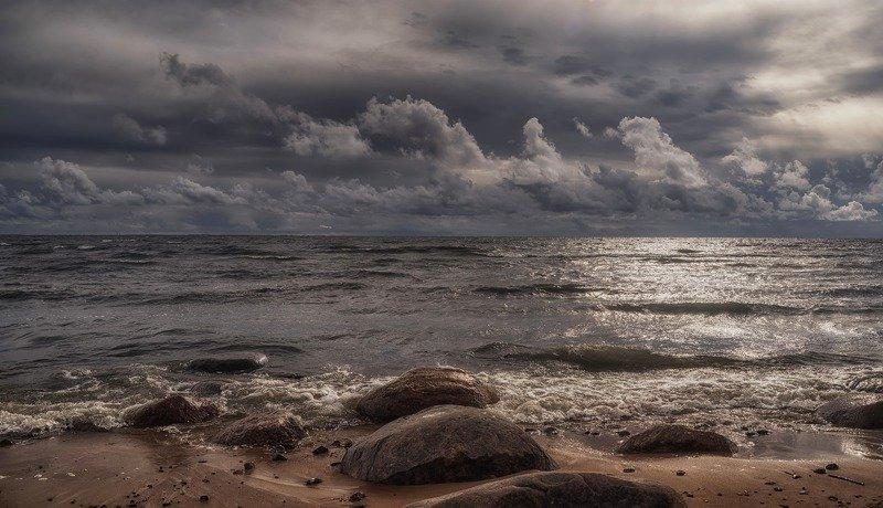 пейзаж,море,шторм,ветер,небо,облака,берег,волны,осень Штормовая погода.photo preview