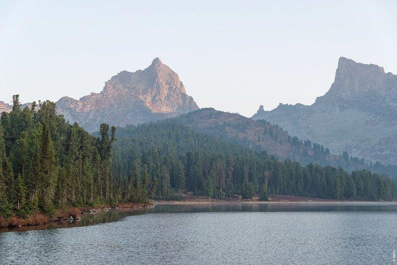 Ергаки озеро Светлое рассвет Утро на Светлом Озереphoto preview