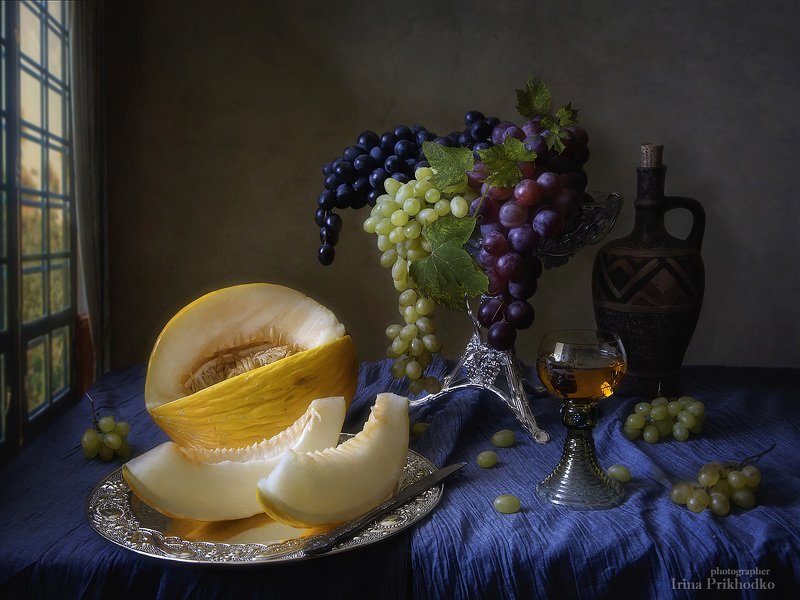 натюрморт, десерт, фрукты, дыня, осень, вино, винтажный, художественная фотография Изысканный десертphoto preview